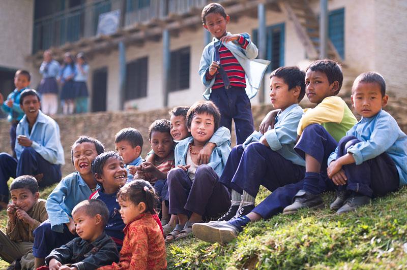 Fotografie de portret - fetita in nepal